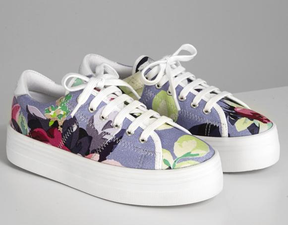 CARVEN et NO NAME collaborent pour créer une paire de chaussures exclusive