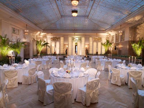 Hôtel Astoria à St-Pétersbourg fête ses 100ans
