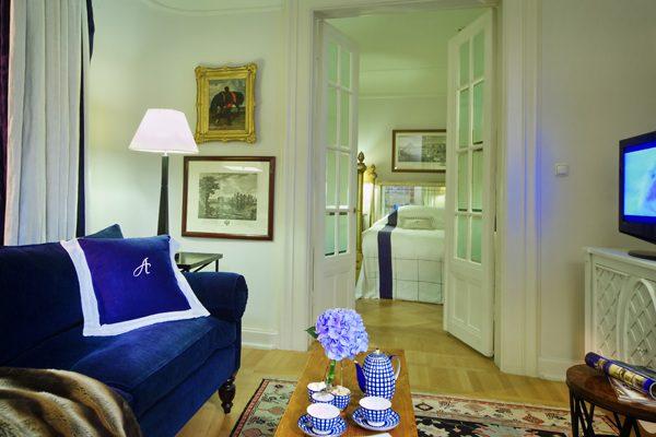 AST_74479097_RFH_Hotel_Astoria_-_Tchaikovsky_Royal