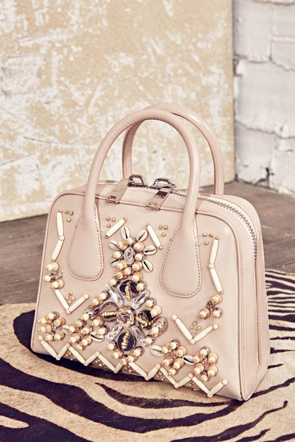 AV FW15-Couture Look 19