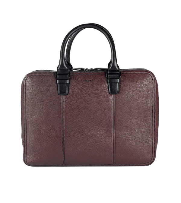 AZZARO PARIS - Porte document en cuir 400 €