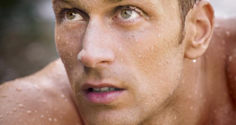 Le champion Luca Dotto plonge dans l'univers Biotherm Homme