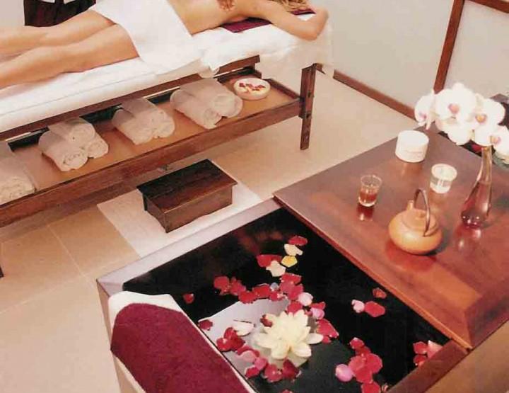 Le massage du visage, version Taoiste, prend aussi en charge tout le corps