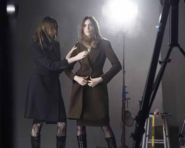 carine-roitfeld-uniqlo-shooting