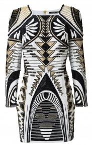 """Robe femme """"rebrodée sequins"""" : 449 €"""