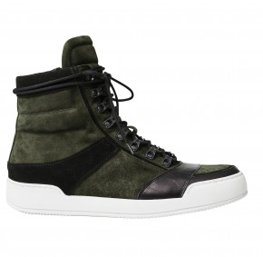 Baskets homme montantes : 129 €