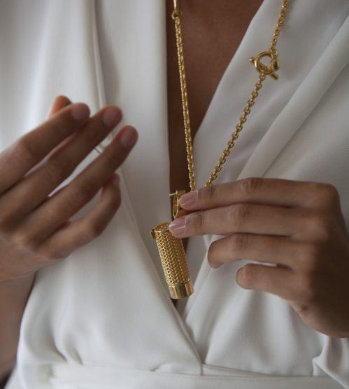 Un bijou qui cache un parfum
