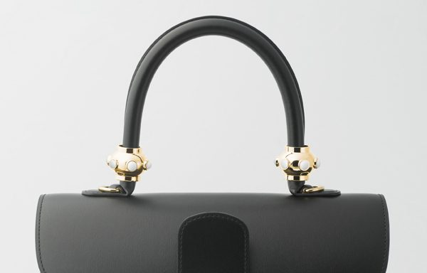 DELVAUX_WondeRings_Cosmic_Optic_White_DO_Brillant_MM_Noir