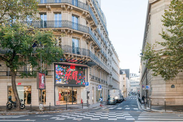 H & M Magasin 77 boulevard Saint Germain Paris © Christophe Caudroy / H & M