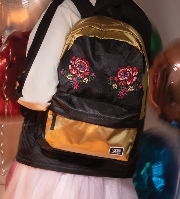 HO18_Festival_Satin_Deanna_Embroidery_Backpack_0276