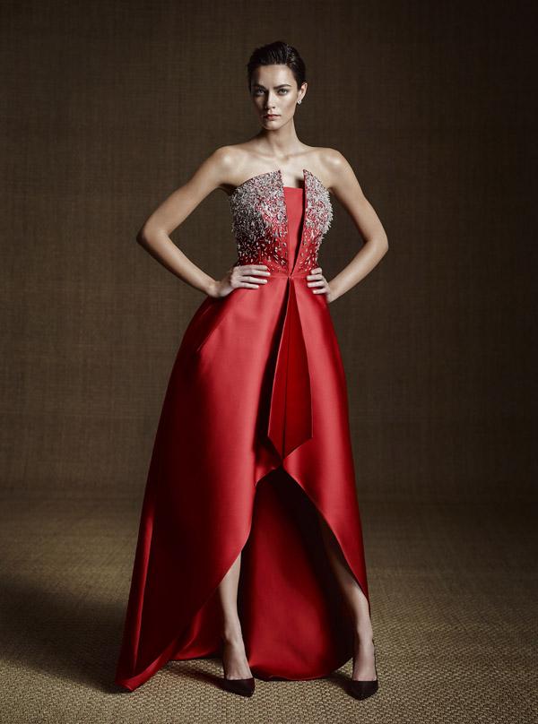 INGIE PARIS - Robe longue rouge en soie ornée de cristaux - Prix sur demande