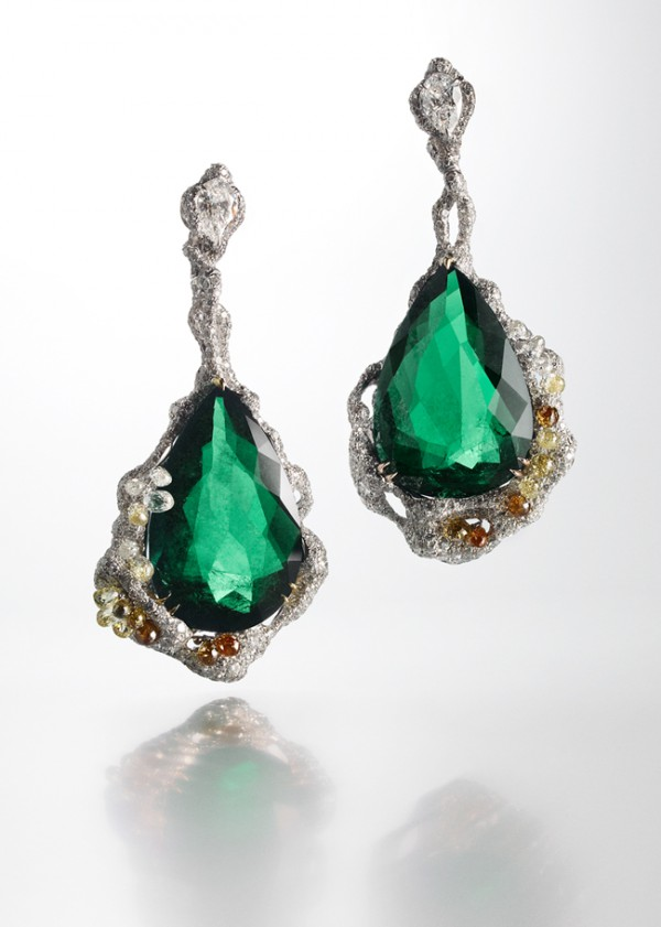 [Image] CINDY CHAO 2010 Black Label Masterpiece No.17 Architectural Collection-Emerald Drops Earrings