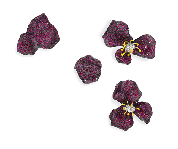 [Image] CINDY CHAO The Art Jewel_Four Seasons Collection_Ruby Rose Brooches_whitebg