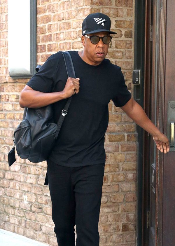 Jay-Z wearing Etnia Barcelona sunglasses (3)