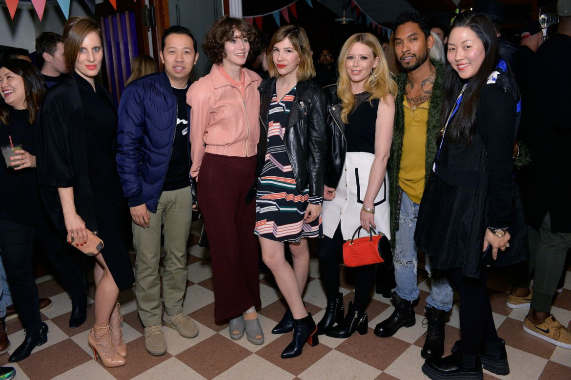 Liz Goldwyn, Humberto Leon, Miranda July, Carrie Brownstein, Natasha Lyonne, Miguel, Carol Lim (c/ Getty Images for Kenzo)