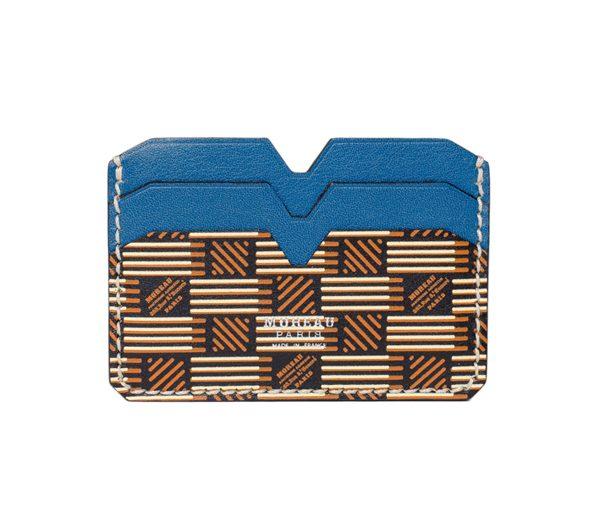 MOREAU PARIS – Porte carte en veau barénil monogrammé et bleu – 225€