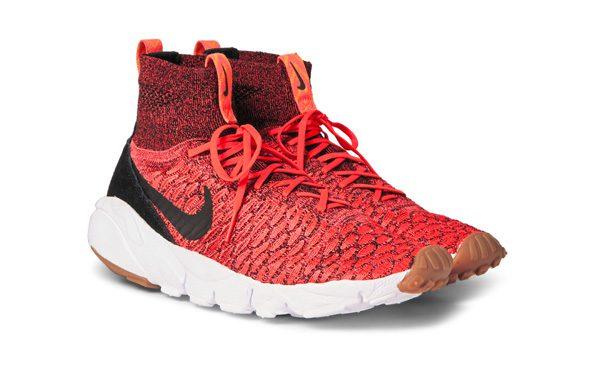 FNIKE sur MRPORTER - Sneakers Airfoot - 200€