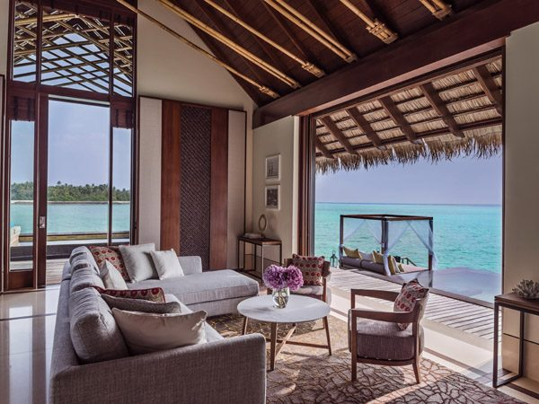 OneAndOnly_ReethiRah_Accommodation_GrandWaterVilla_LivingRoom-1