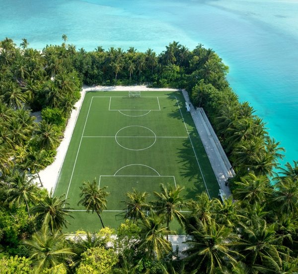 OneAndOnly_ReethiRah_ClubOne_FootballPitch_HR