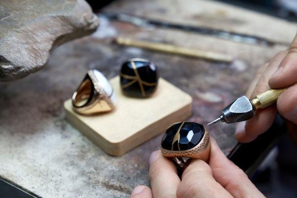 Pomellato Kintsugi Collection_Craftsmanship @Pomellato Atelier (2)