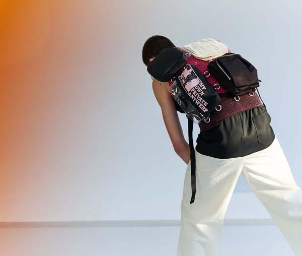 Raf Simons x Eastpak _ SS20_Pocketbag Loop ©EastpakSerge Leblon