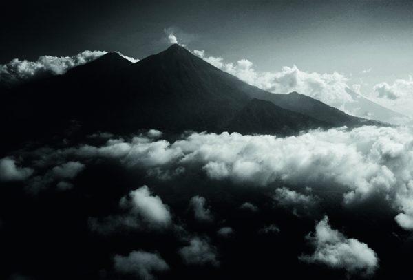 Rhum Zacapa vieilli au-dessus des nuages HD