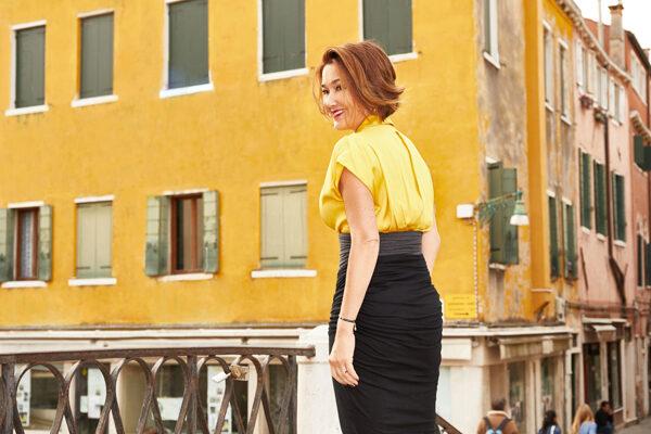 Sophie Van Guillon dans les rues de Venise