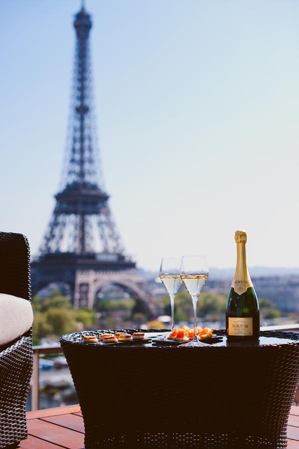 Shangri-La Rooftop Lounge