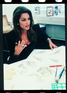 Top_model_Cindy_Crawford_in_Omega_workshops_in_Bienne_1996_opt