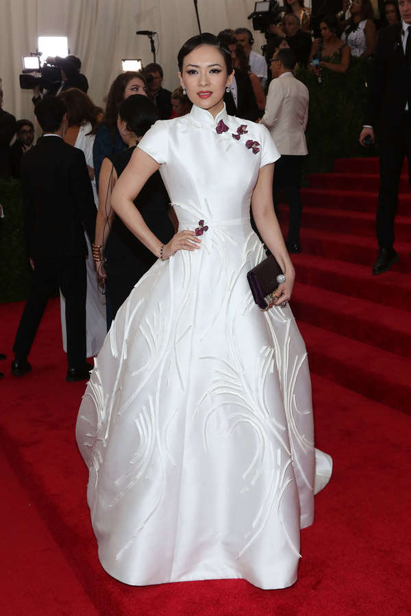 Zhang Ziyi porte une robe Carolina Herrera