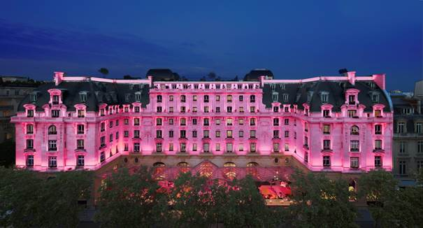 The Peninsula Paris soutient la lutte contre le cancer du sein