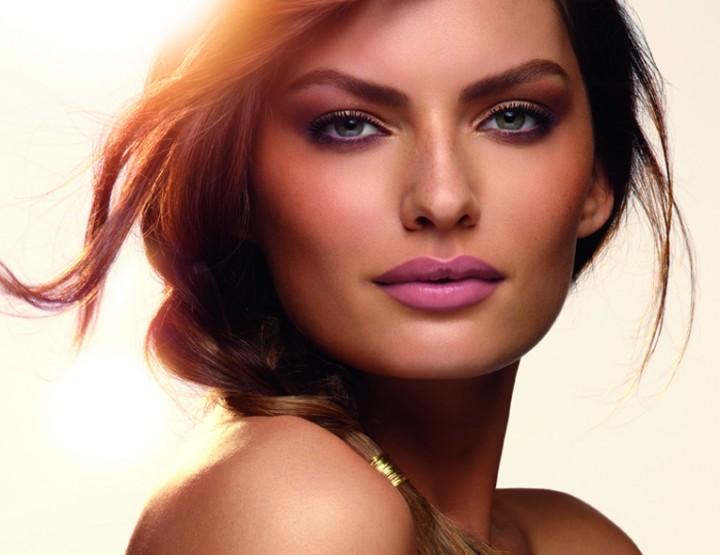 Maquillage - Une beauté estivale signée Clarins