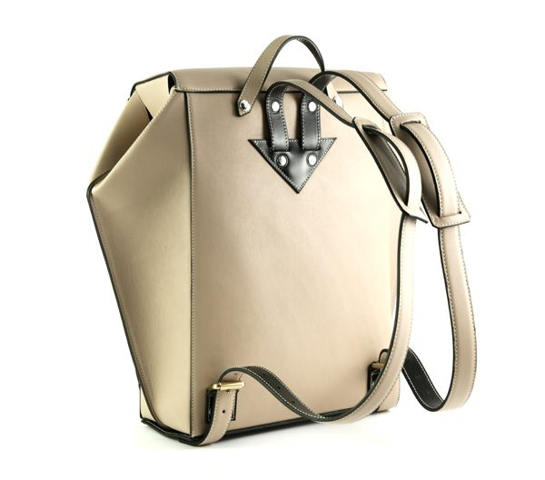 nicolas-theil-fw1617-hexane-backpack-beige-04