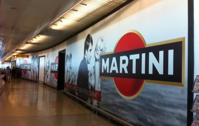 Martini à l'aéroport de Lisbonne