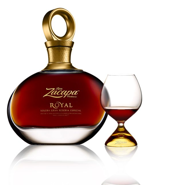 zacapa_royal_bottle_glass_white_v2