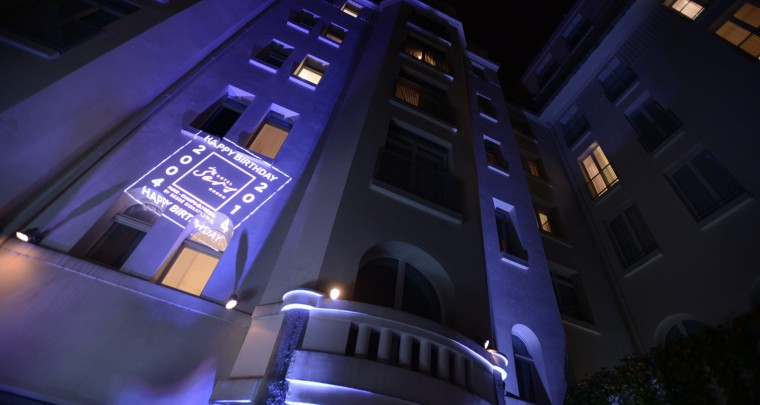 10 BOUGIES POUR L'HOTEL DE SERS