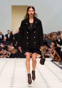 Burberry Womenswear S_S16 Collection - Look 7