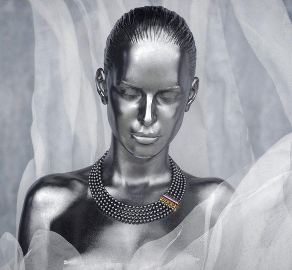 Les bijoux Sarah Jane Wilde pour Thom Browne en exclu chez colette