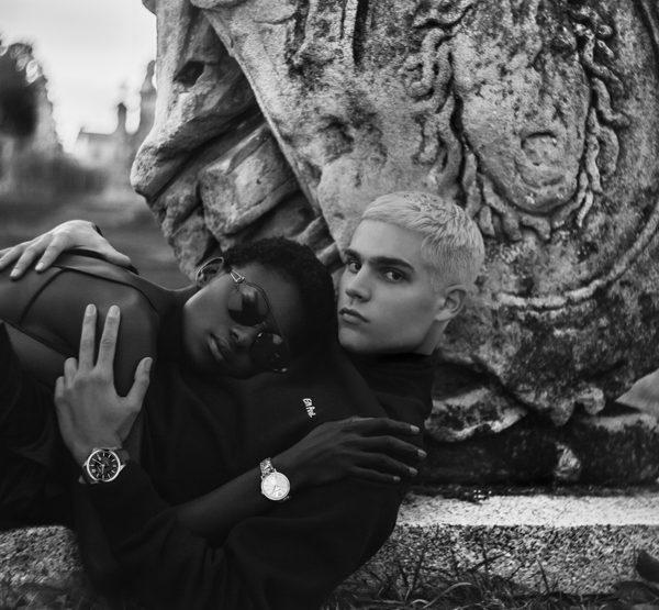 Les montres Versace, alibi d'un message d'amour