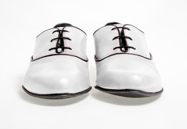 Les souliers femmes de Matthieu Chedid x Philippe Zorzetto
