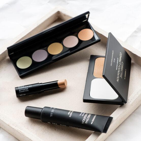 Maquillage correcteur au charbon