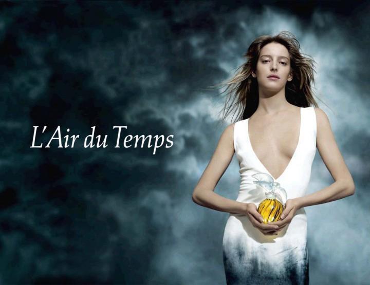 Nina Ricci voit en or pour L'Air du Temps